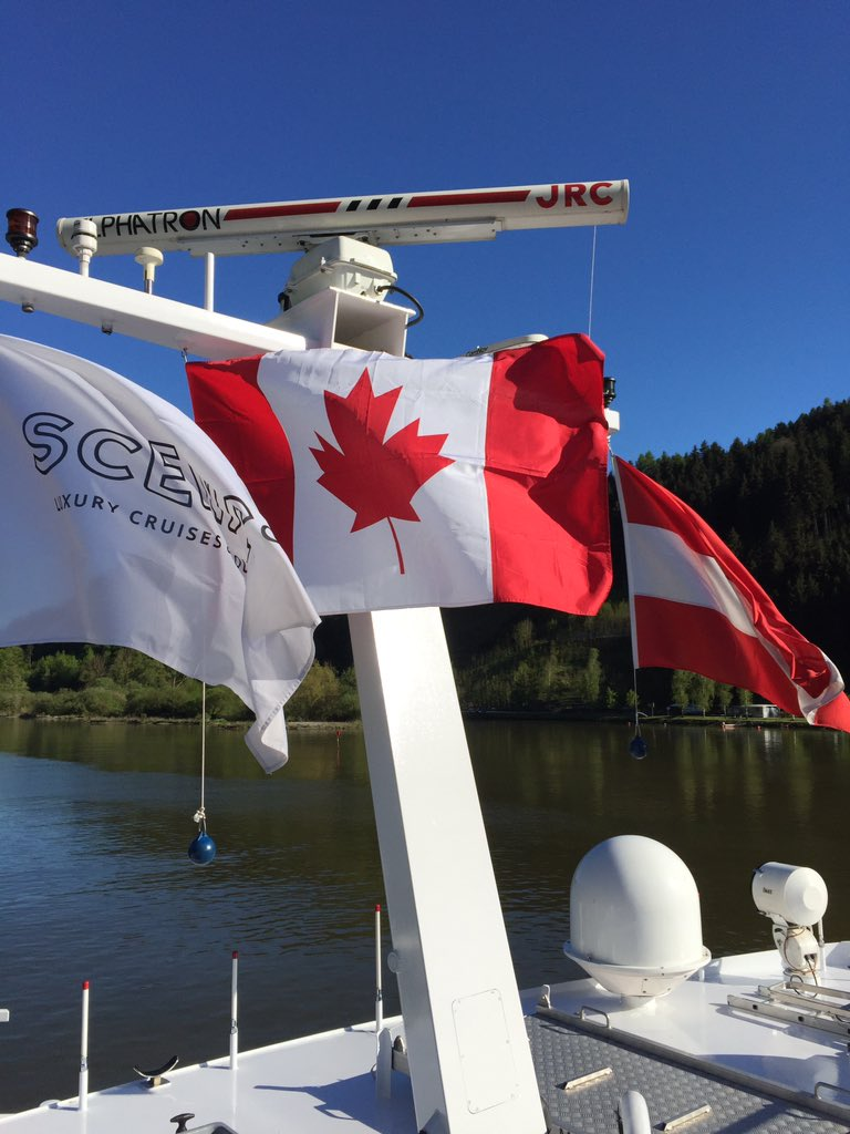 Oh Canada (AM), on theDanube!
